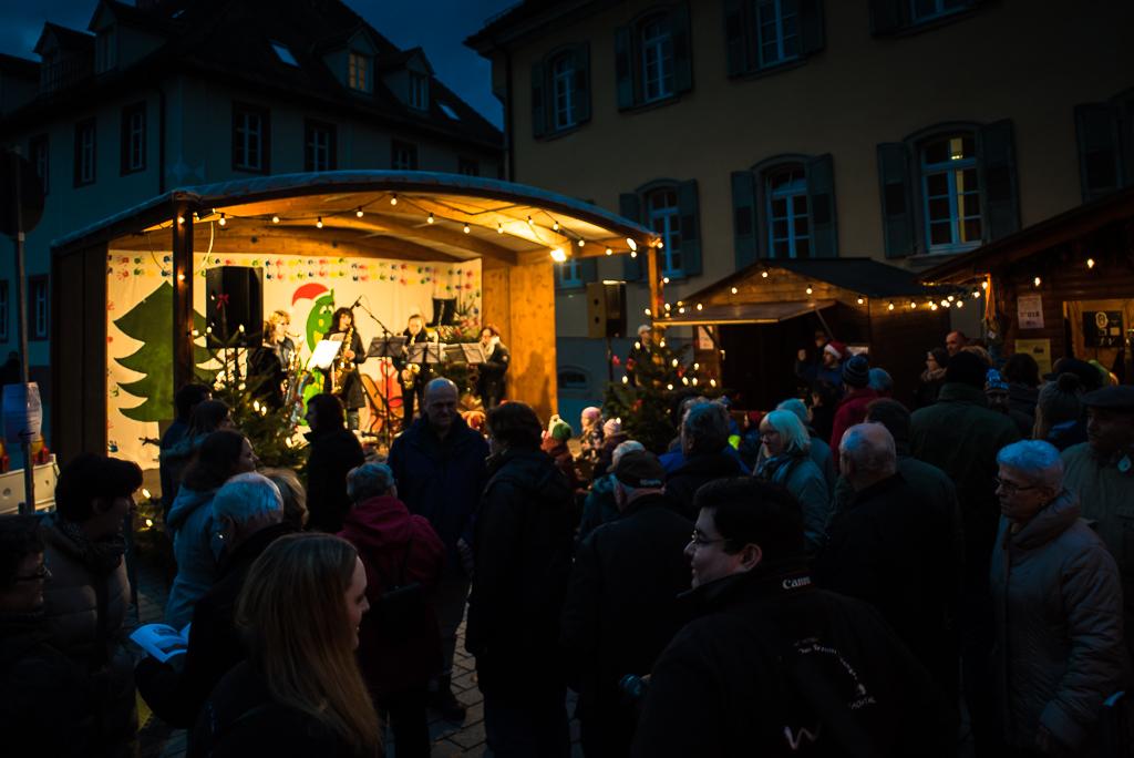 MV Wössingen beim Weihnachtsmarkt